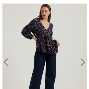 Lucky Brand Size Small Floral Blouse